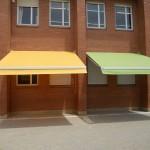 Donant color al pati de la escola